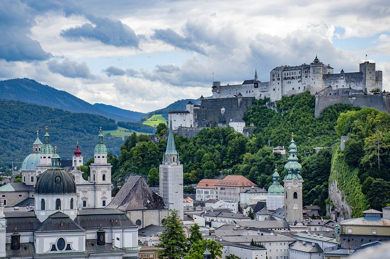 Bus rental Salzburg Austria